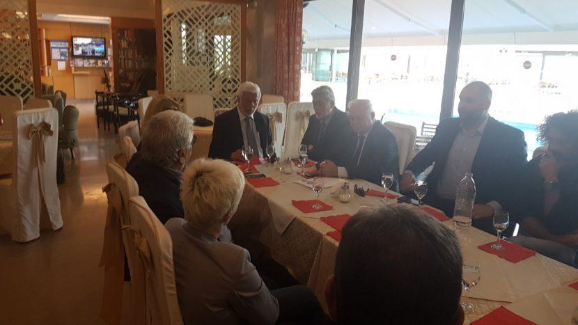 Συναντηση του Σ.Ε.Τ. με τον περιφερειαρχη κ.Τατουλη
